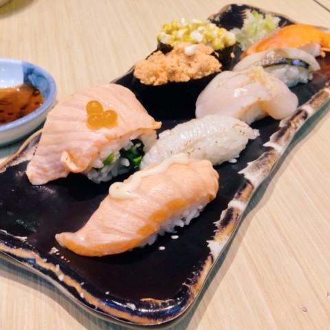 Roasted Sushi Set from Itacho.